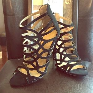 Chic Black High Heel Shoe
